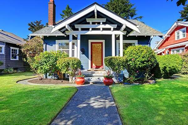 5 Tips for Improving Your Curb Appeal This Summer
